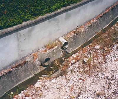 Le Volet eau pluviales doit définir des zones où il convient de prendre des mesures spécifiques contre le risque pluvial. L'aissainissement autonome nécessite souvent l'extention des réseaux d'eaux pluviales et induit donc une nécessité de gestion des eaux pluviales.